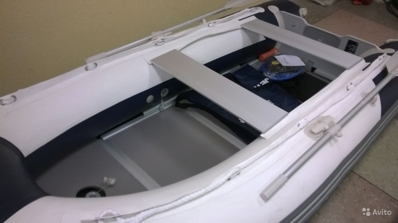 приклеивание уключины на лодку пвх